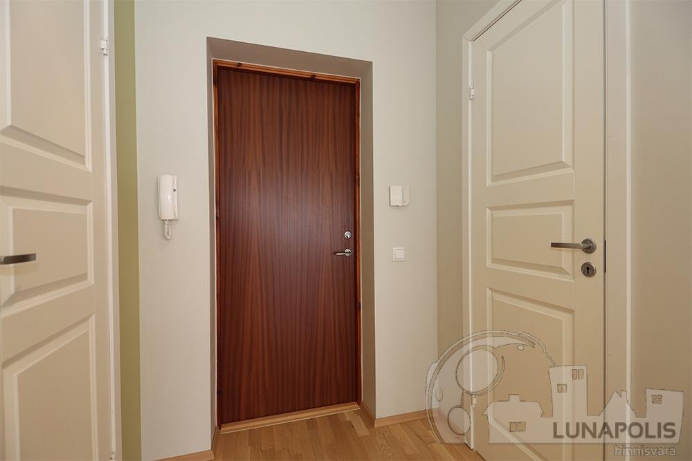 2-toaline Pärnu linna lähedal
