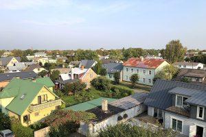 vaade linnale erinevad majad PärnusIMG 0042 300x200 - 5 kõige sagedamini esinevat puudust dokumentatsioonis, mis pärsivad kinnisvaratehinguid!